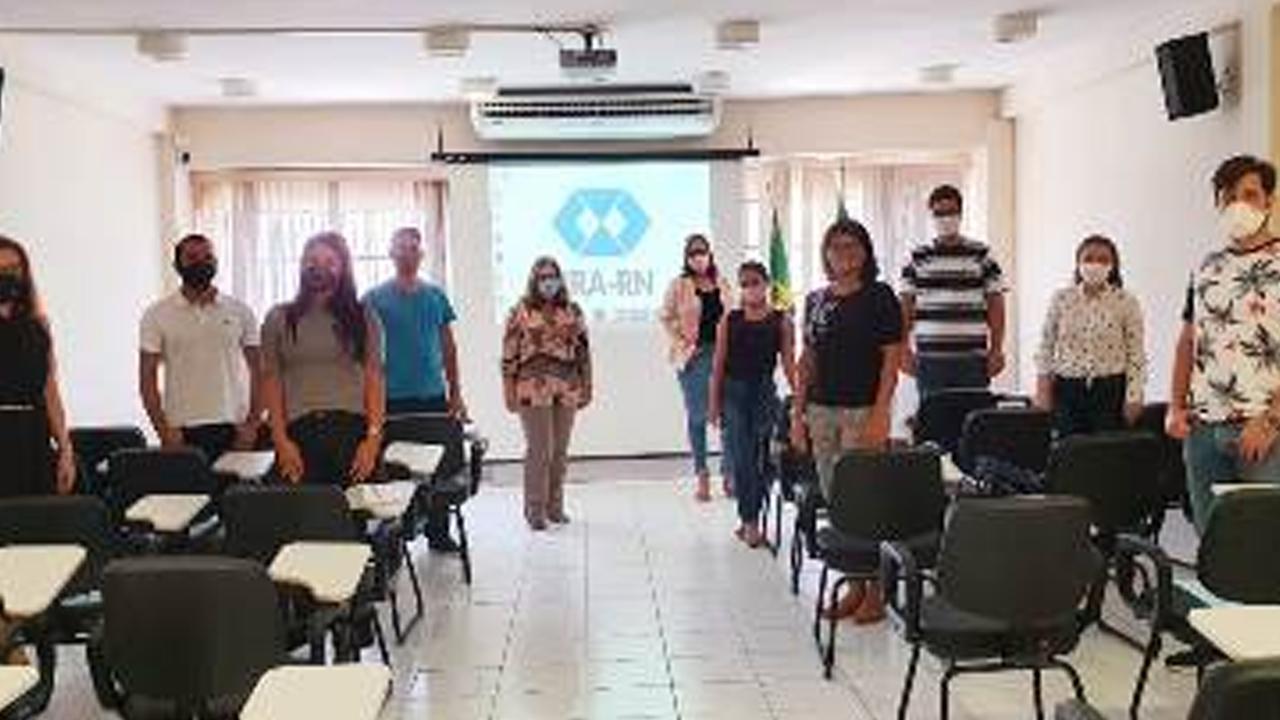 CRA-RN recebe estudantes da Uninassau Natal